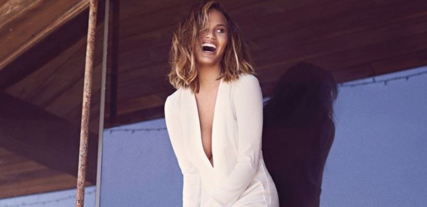 5 Social Media Lessons from Chrissy Teigen